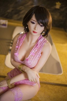 Evelyn sex doll