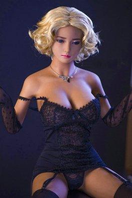 Genevieve sex doll